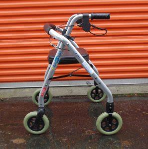 4-wheel walker-nobasket Image